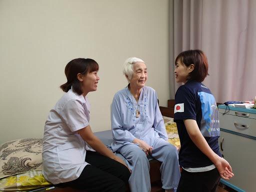 việc làm chăm sóc người cao tuổi tại nhật